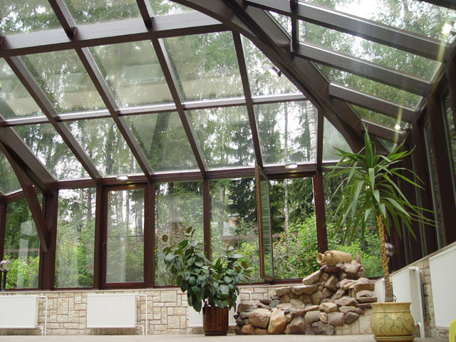 Как правильно выбрать стеклянную конструкцию