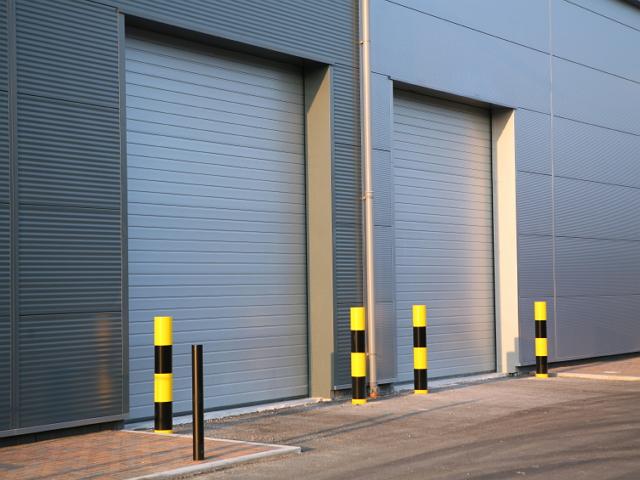 Какие ворота использовать на складе