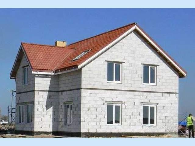 Особенности возведения домов из газобетона