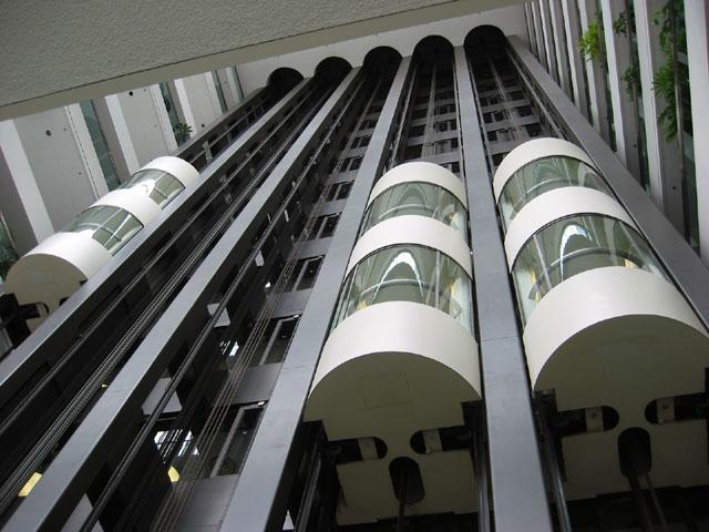 Сложности монтажа грузовых лифтов