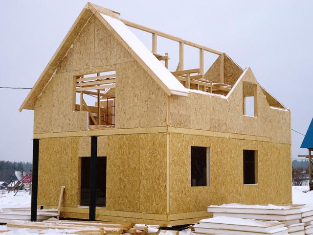 Строительство сип домов: особенности материала
